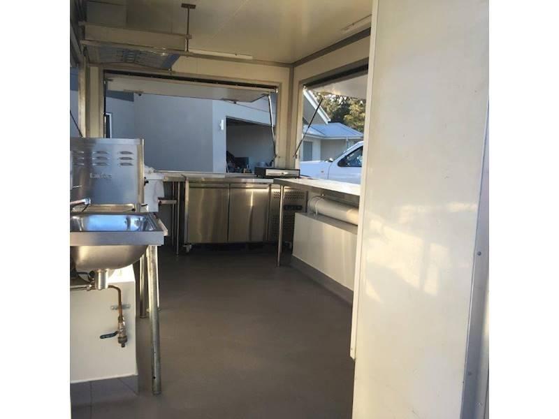 food-van-for-mobile-cafe-2