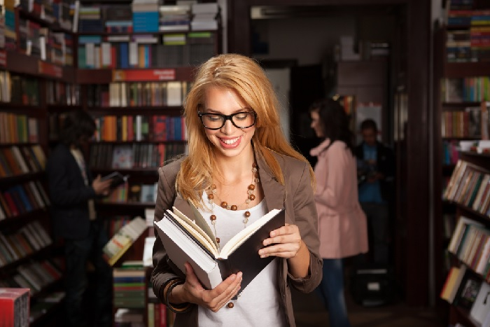Retail Book Store, Coffee Sales and Online Opportunity