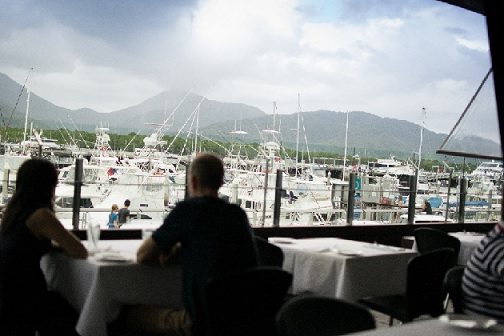 restaurant-prime-waterfront-location-1
