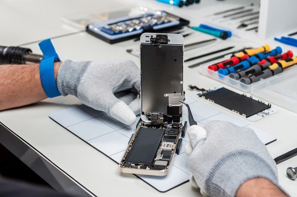 Established Computer and Mobile Phone Repair Business