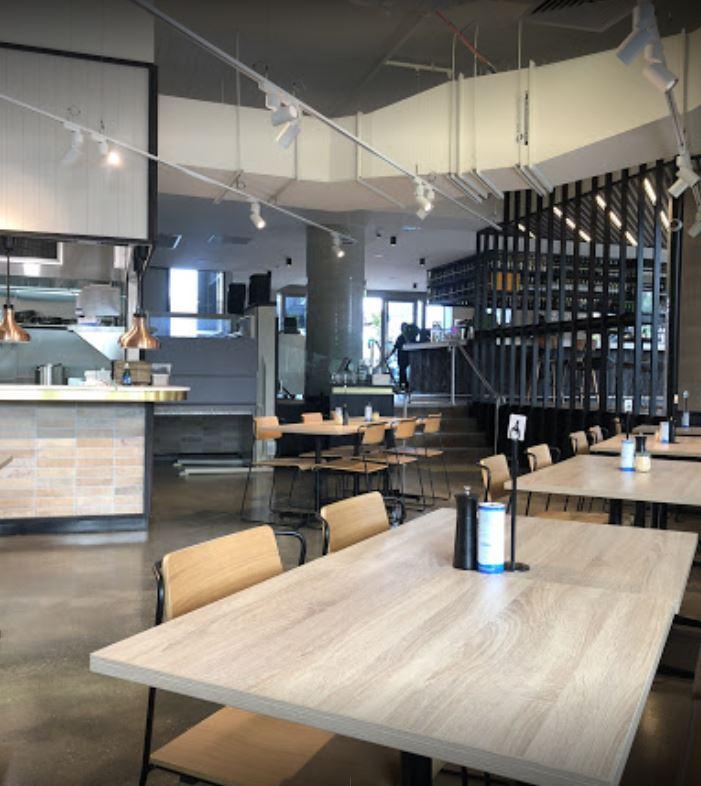 restaurant-bar-functions-fully-licensed-fully-under-management-2