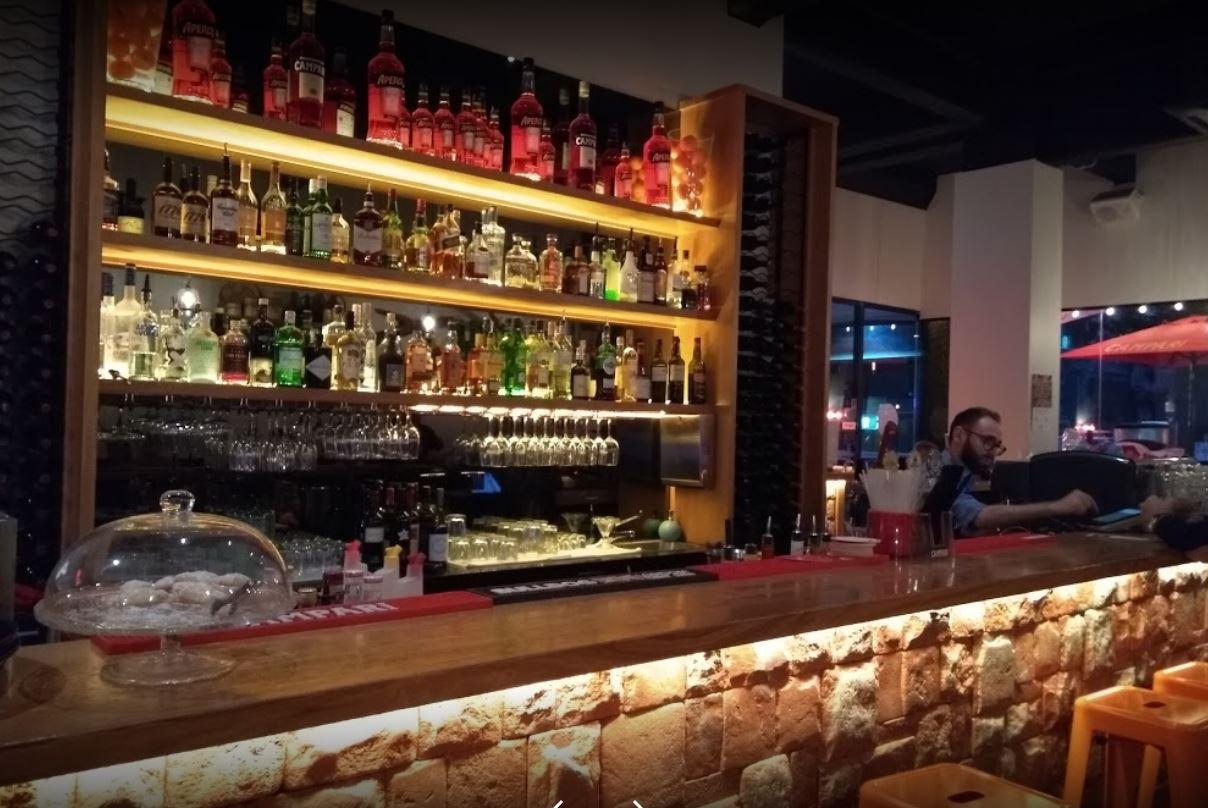 Fully Licensed Restaurant Cafe With 24 hour Liquor License Melbourne CBD