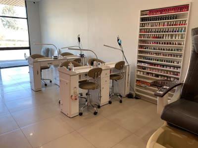 nail-and-beauty-salon-for-sale-waxing-mani-pedi-lashes-nails-4
