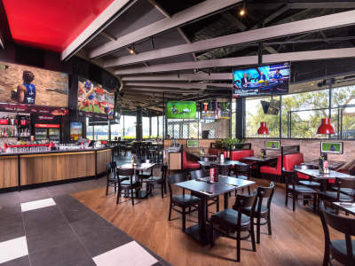 want-to-be-your-own-boss-join-australias-leading-sports-bar-franchise-3