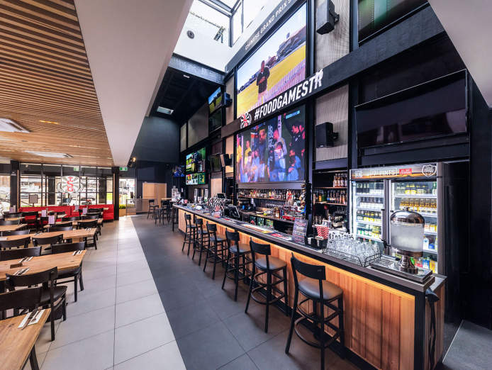 want-to-be-your-own-boss-join-australias-leading-sports-bar-franchise-0