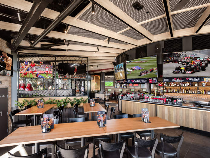 sports-bar-grill-award-winning-franchise-opportunity-3