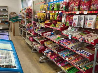 forrest-plaza-deli-convenience-store-7