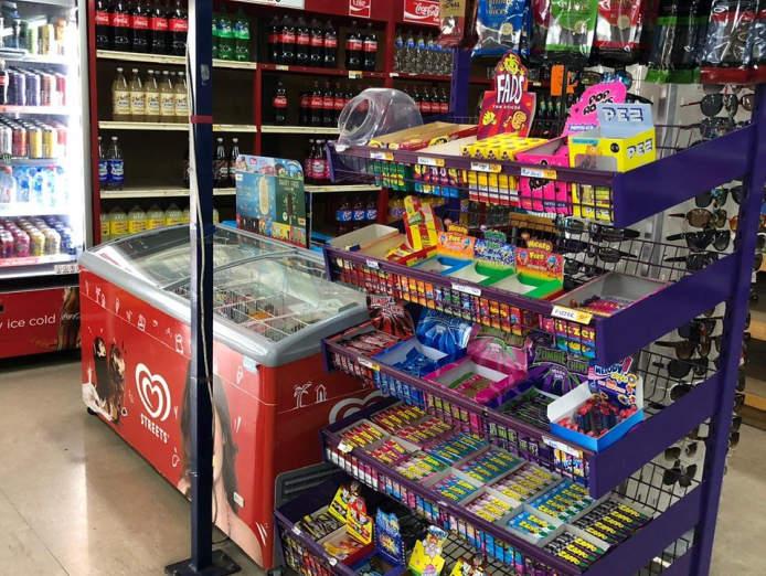 supermarket-in-neighbourhood-shopping-centre-3