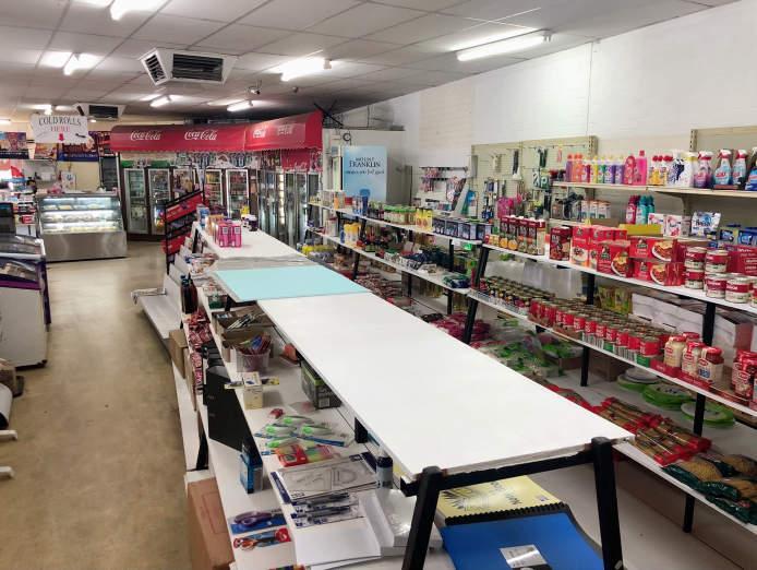 forrest-plaza-deli-convenience-store-5