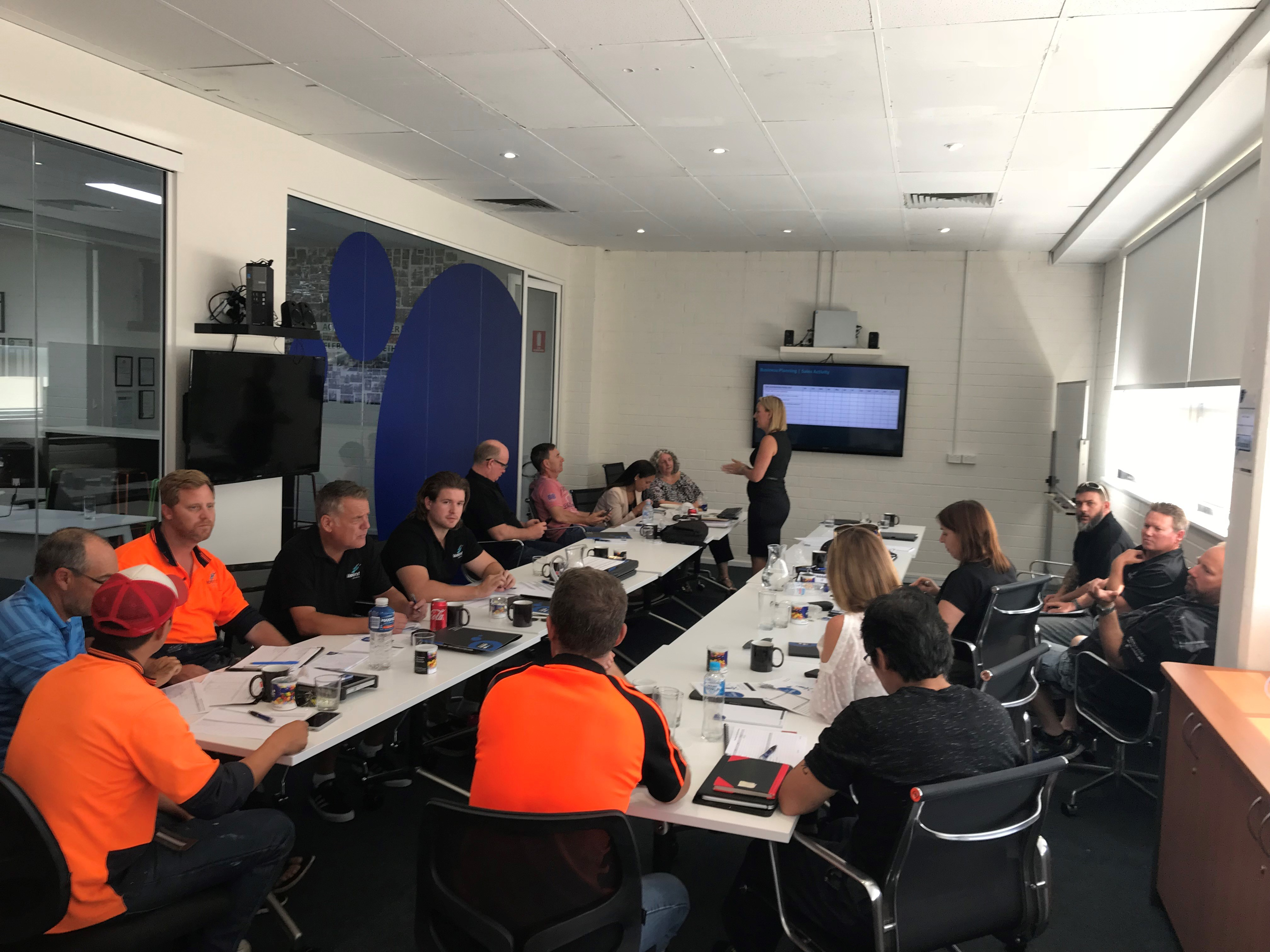 tradies-looking-to-become-a-business-owner-full-training-provided-9