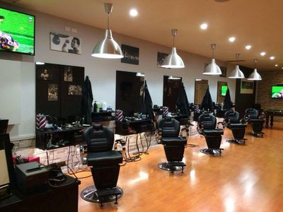 modern-barbers-2-locations-0