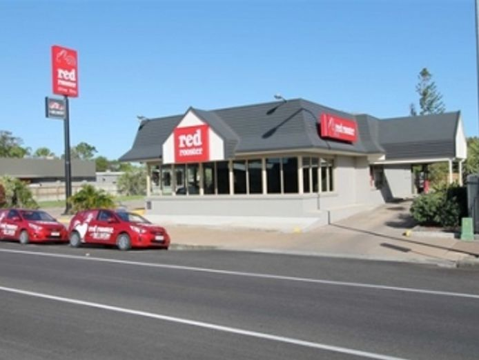 21065-highly-profitable-red-rooster-store-vendor-finance-available-1