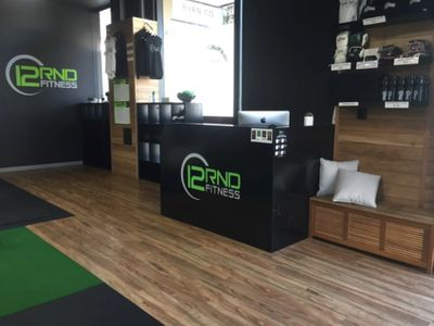 busy-gym-in-prime-location-12rnd-fitness-1
