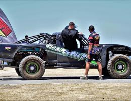 Love working with cars at a race track? Off Road Rush WA Driving Experiences