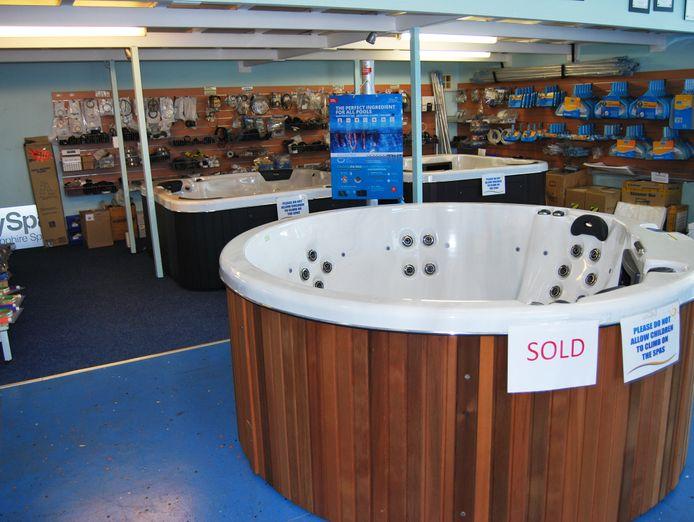 the-wagga-pool-shop-4
