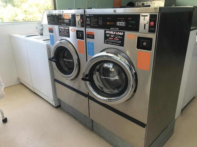 COIN LAUNDRY $288,000 (14645)