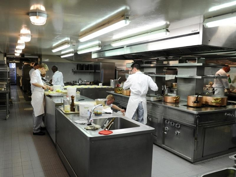 commercial-catering-kitchen-199-000-14768-2