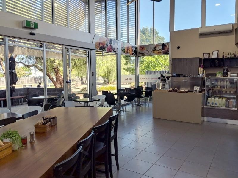 CONVENIENCE STORE/ CAFE $229,000 (14721)