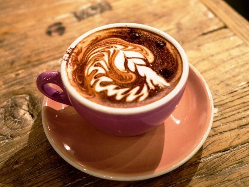 COFFEE & CAKES $339,000 (12805)