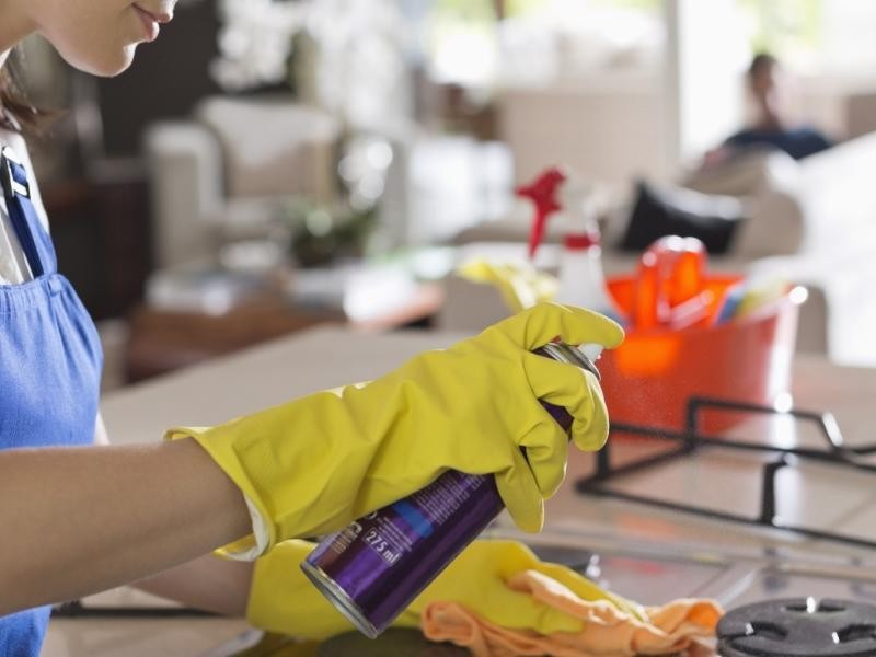 under-offer-cleaning-business-990-000-14520-2