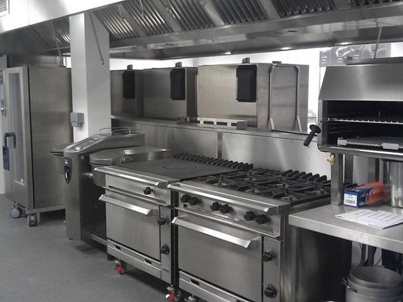 COMMERCIAL CATERING KITCHEN $99,000 (14768)