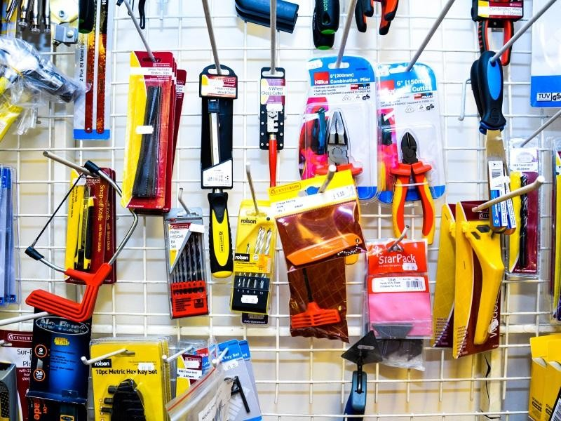 hardware-store-250-000-14869-1
