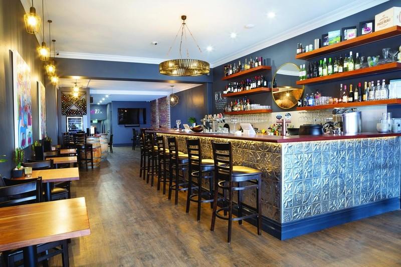 Unique BYO Eatery, Wine Bar & Entertainment Venue  Caulfield South