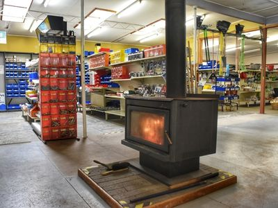 freehold-hardware-store-commercial-property-dover-tas-3