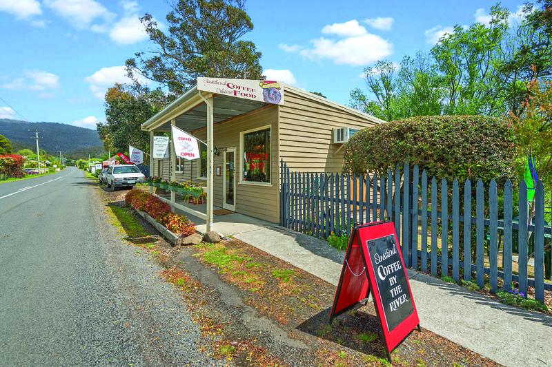 Freehold Riverside Cafe  Westerway TAS