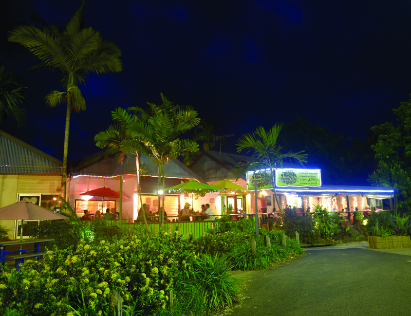 popular-leasehold-restaurant-in-tourism-hot-spot-mission-beach-qld-1