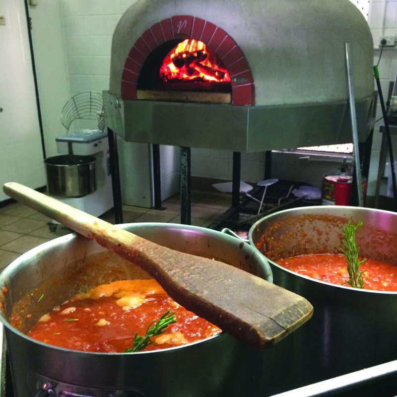 popular-leasehold-restaurant-in-tourism-hot-spot-mission-beach-qld-4