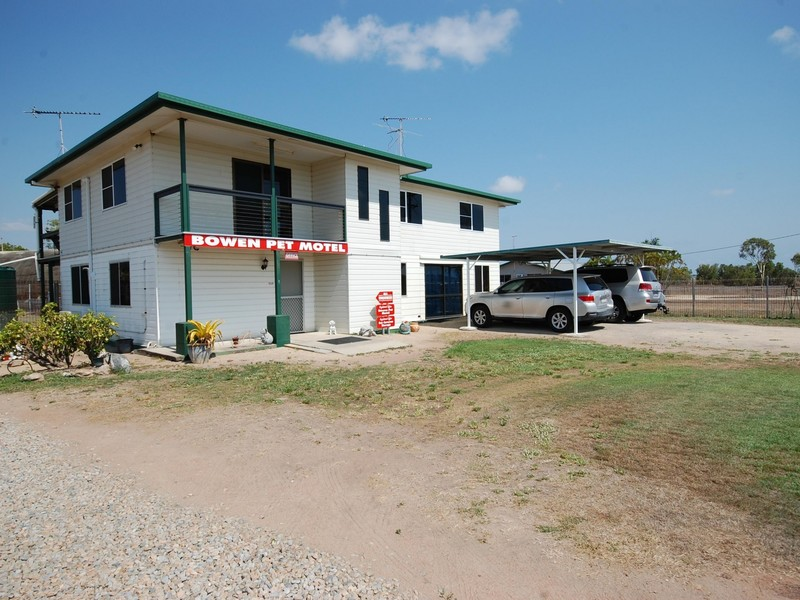 WHITSUNDAYS OPPORTUNITY  ANIMAL LOVERS- BOWEN PET MOTEL ON 5 ACRES