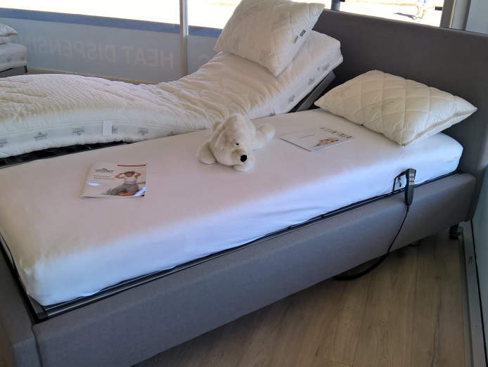 retail-bedding-centre-quality-european-healthy-sleep-system-exclusive-brand-5