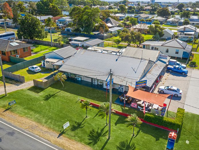 price-reduction-gladstone-general-store-newsagency-0