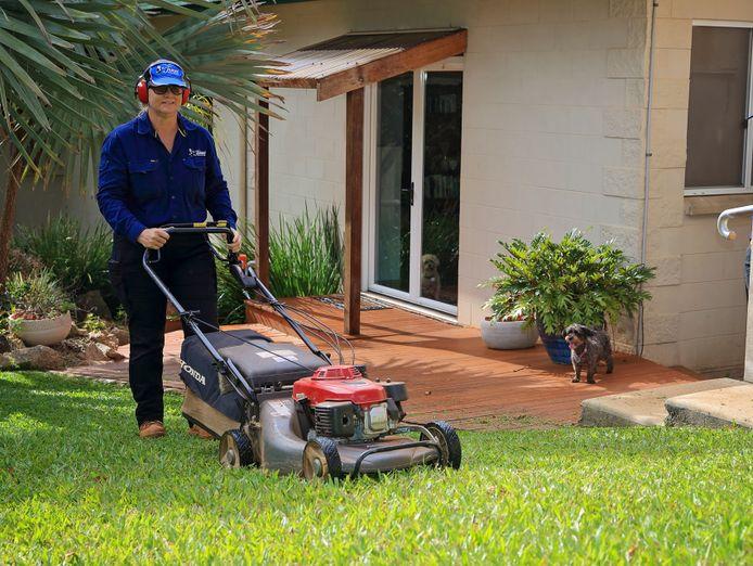 lawn-garden-maintenance-business-browns-plains-surrounding-suburbs-7