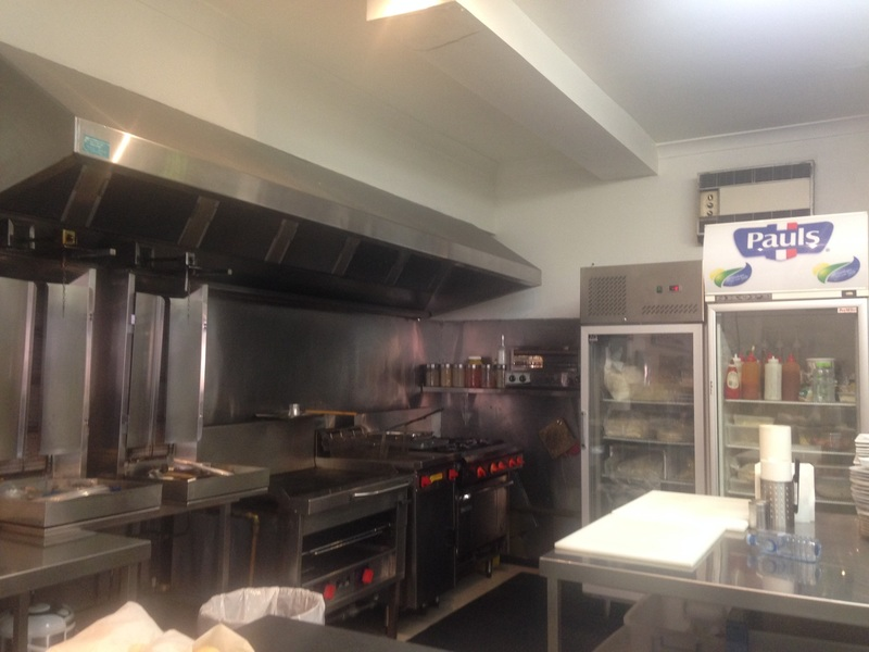 URGENT SALE!  Profitable Cafe on Spencer St, Melbourne CBD. Short Hours
