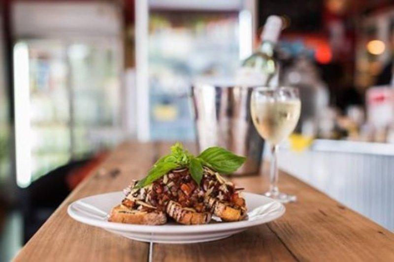 Spacious Cafe Restaurant Bentleigh