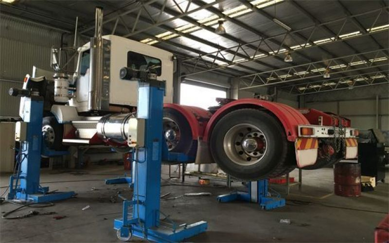 Geelong's Transport Repair Mechanics