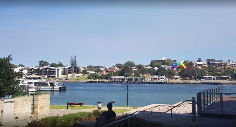 STUNNING RIVER VIEWS CAFE IN NORTH FREMANTLE