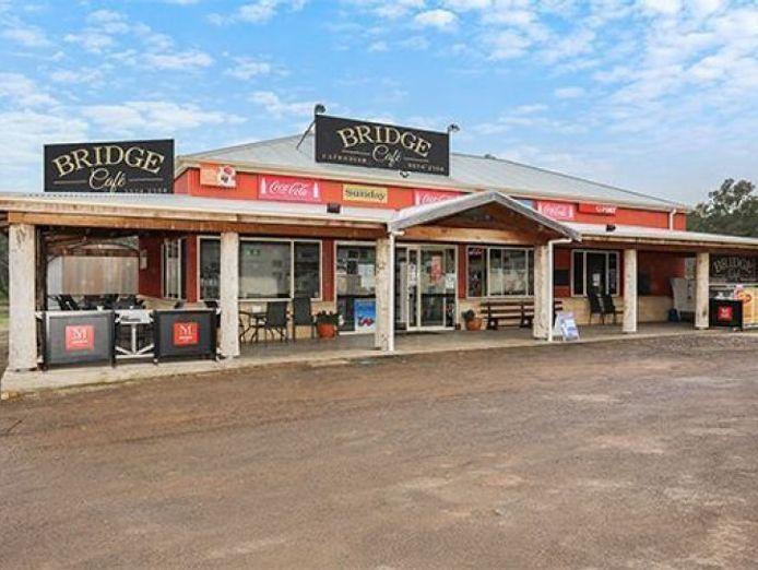 bridge-cafe-amp-convenience-store-0