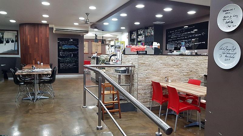 Ref: 2311, Cafe, West