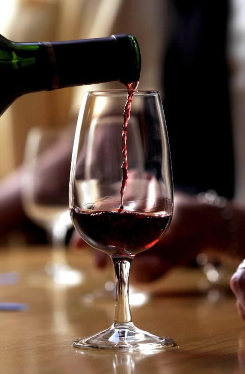 Bar restaurant in Melbourne CBD- Ref: 12210