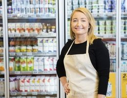 High Turnover Milk Bar Reduced Price  Ref: 17835