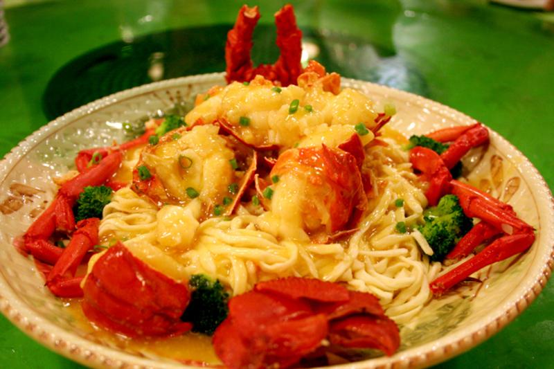 Modern Chinese Restaurant in Ringwood East - Ref: 15320