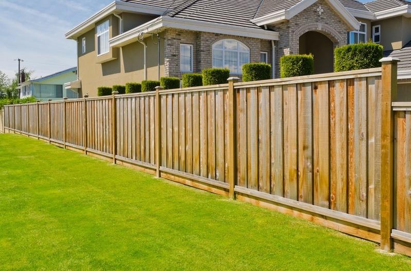 Fence Building in Melbourne - Ref: 16610