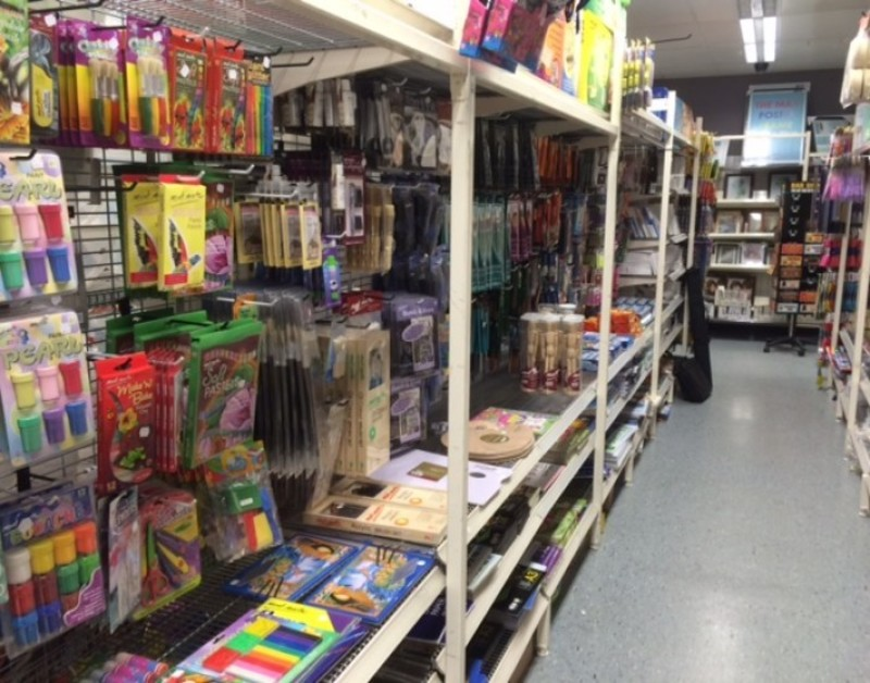 $2 Shop in Epping Area - Ref: 11918