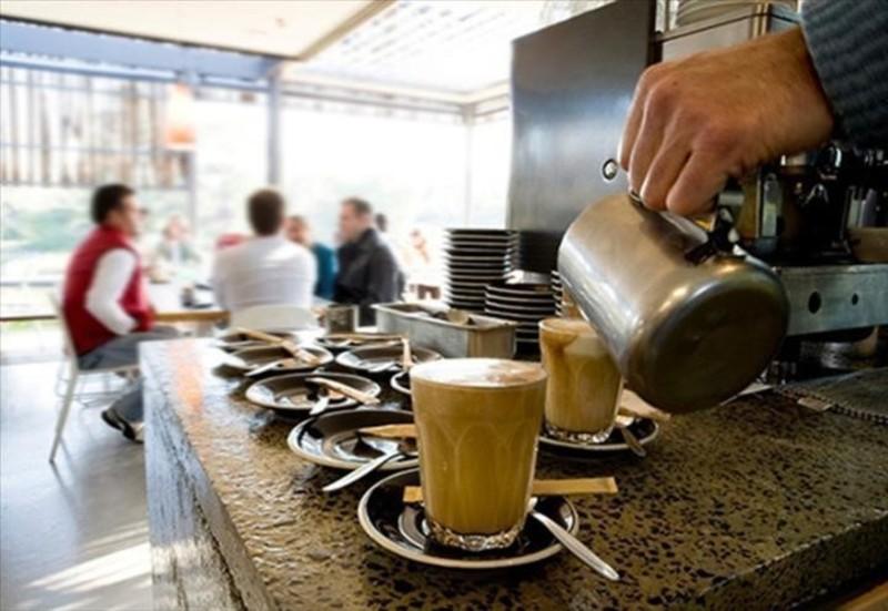 5 Day Cafe in Carlton - Ref: 17224