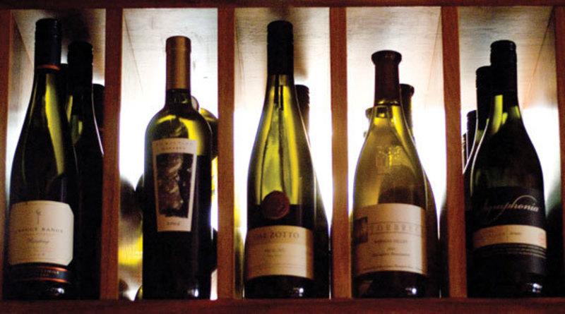 Box Hill Wine/Bottle Shop - Ref: 18321