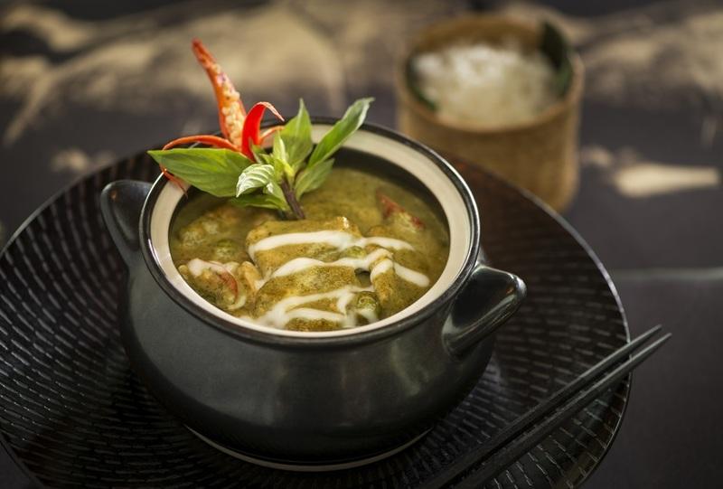 Upmarket Indian/Sri Lankan Restaurant in South East - Ref: 13412