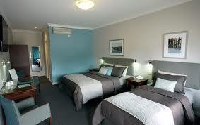 Motel in Western Suburb  - Ref: 15103